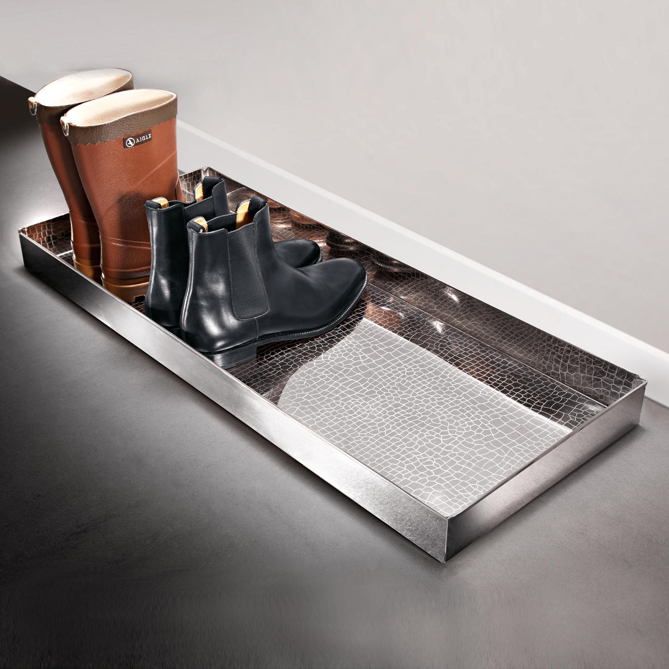 Buy Alligator Boot Tray 3 year Product Guarantee