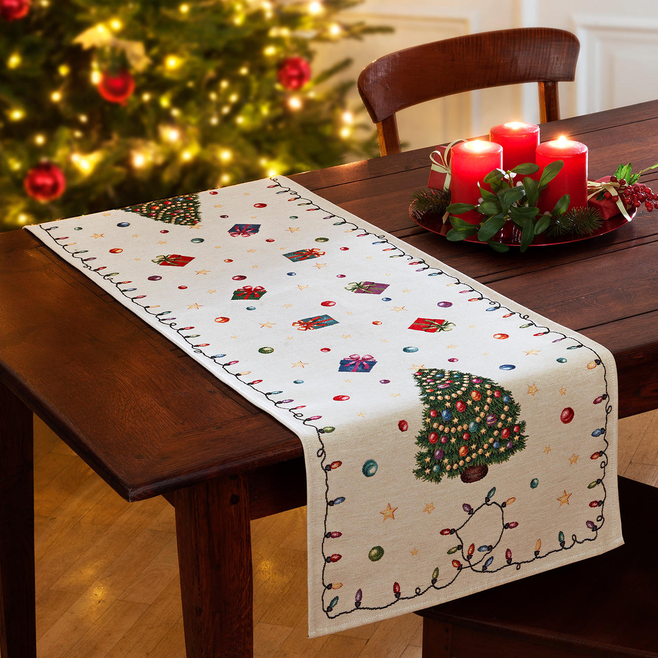 Christmas Table Runner Uk.Nostalgic Christmas Table Linen Online
