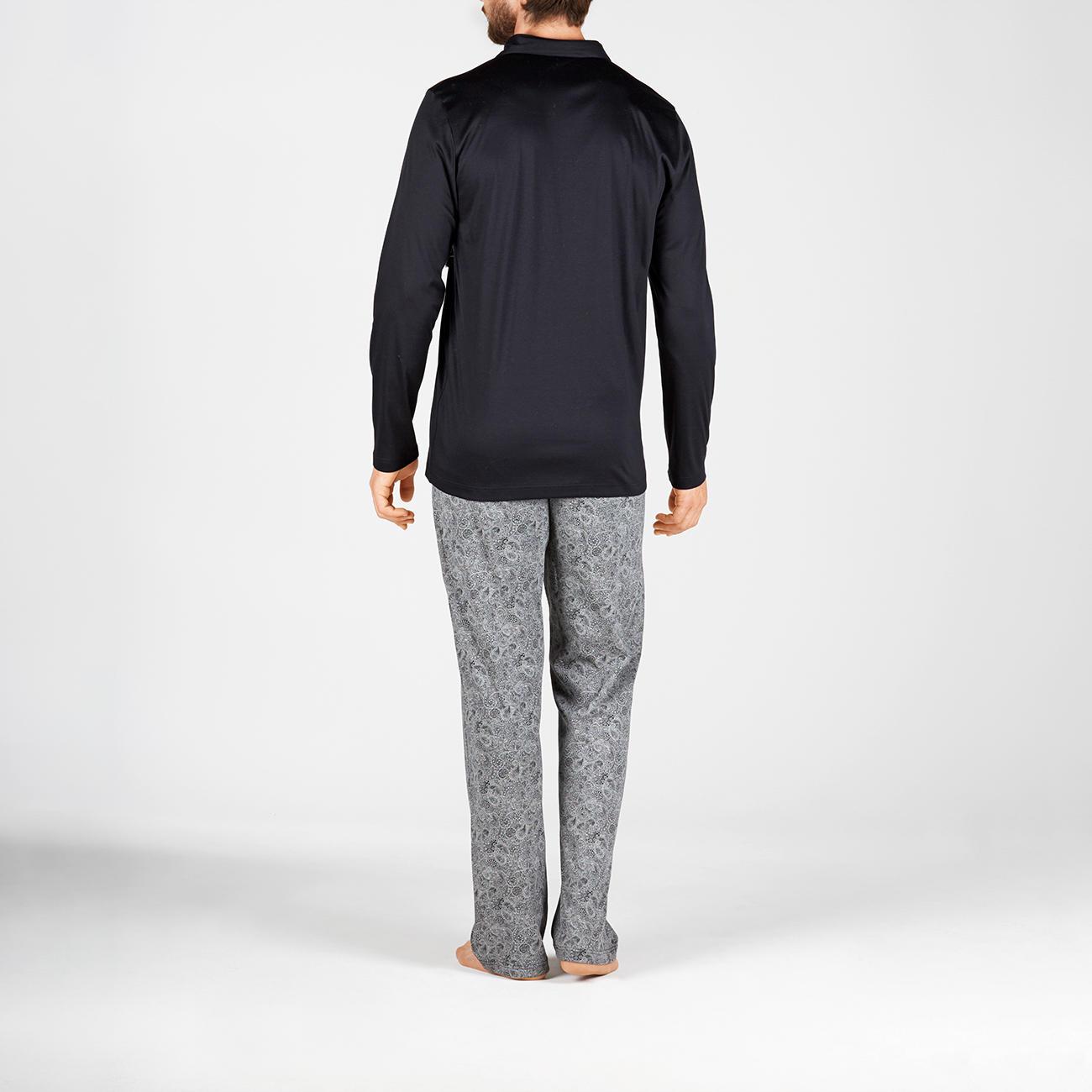 9c1aa77dfc Novila Gentlemen s Pyjamas - The perfect gentlemen s pyjamas. Comfortable.  Airy. Fine. From Novila.
