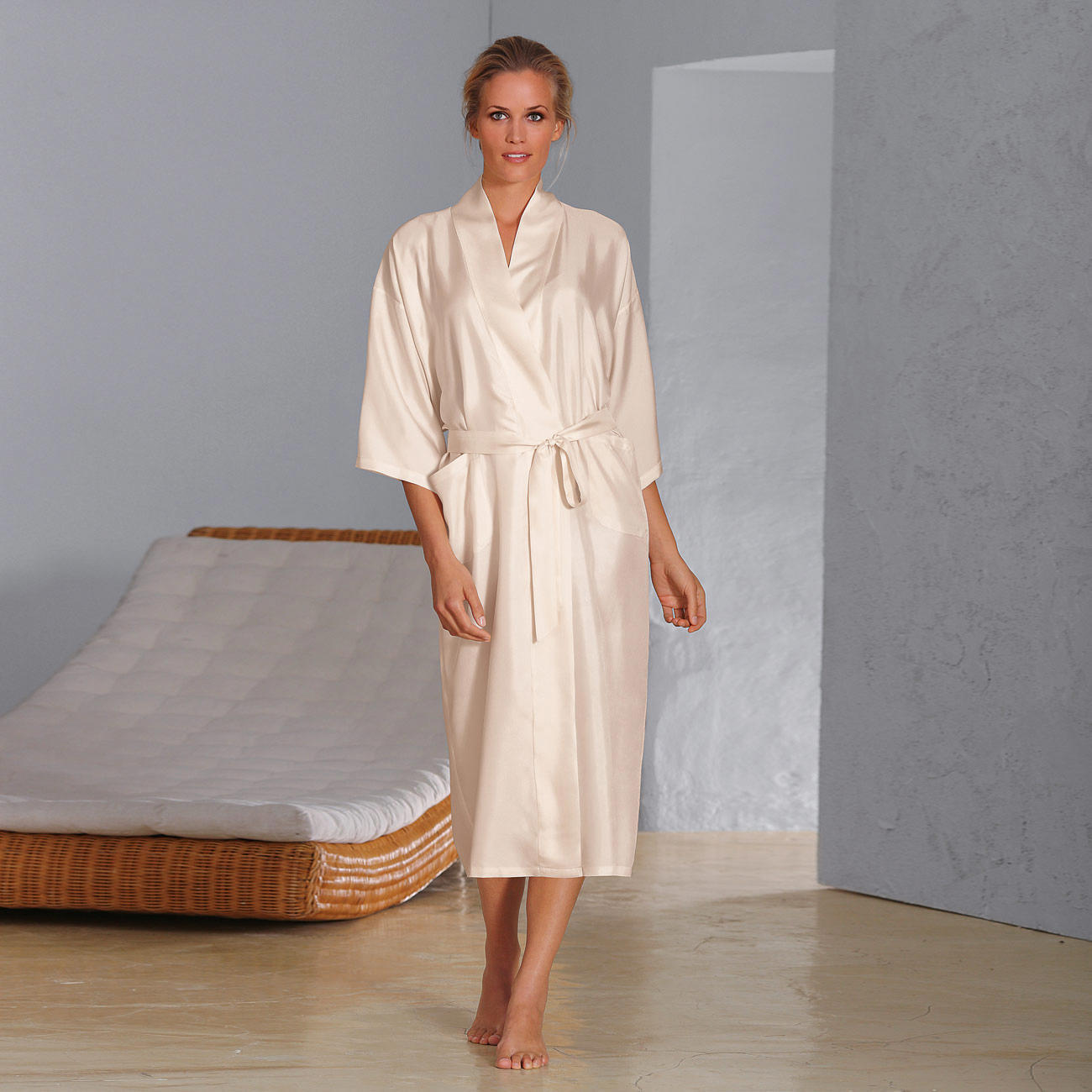 buy silk travel dressing gown 3 year product guarantee On travel nightwear