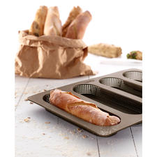 Silicone Baking Mould for rolls or baguettes - Homemade rolls and baguettes – just as crispy as from a bakery.