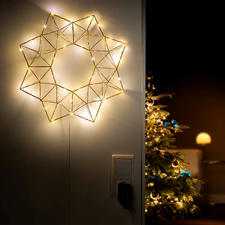 Pyramid Light Star - Festive lighting – but subtle and delicate: The LED light star in a contemporary geometric shape.