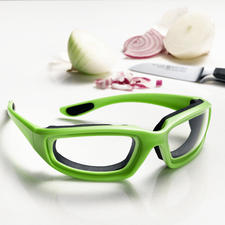 Onion Goggles - Chop onions without tears. Exclusive to Pro-Idee.