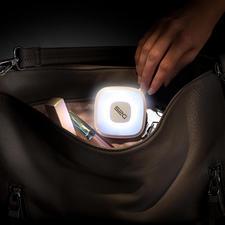 Handbag Light with powerbank - Sensor-controlled handbag light and 2,000mAh power bank.