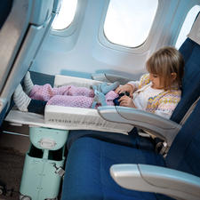 Lets your child sit more comfortably– without dangling feet.