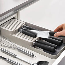Compact Knife Organiser - Clever and convenient: The space-saving 2-tier knife organiser for the cutlery drawer.