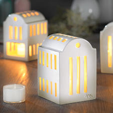 "Urbania Tea Light Holder ""Smedje"" - A glowing homage to the historic warehouses of New York."