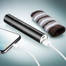 The built-in lithium-ion battery powers the handwarmer, the torch and supplies charge for smartphones, MP3 players, ...