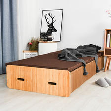 Extendable to bed length-and loadable up to 300 (!) kg (661lbs).