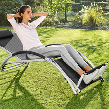 2-in-1 Multifunctional Chair - With this ingeniously versatile chair, you can relax or train your abdominal muscles.