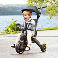Foldable Adjustable Tricycle Liki - Folds up in seconds to hand luggage size. Popular item for children from 10 months to 3 years old.