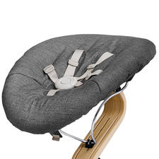 In the baby rocker (including mattress), your baby participates in family life at eye level.