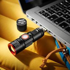 Easy to charge via the integrated USB plug.