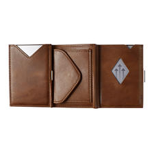 Also available: The Multi Wallet with integrated coin compartment.