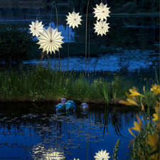 Barlooon All-weather Lantern - These lanterns are a beautiful highlight that embellish your garden all year round.