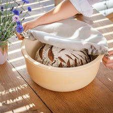 Ceramic Bread Bin CeraNatur® - Keeps your bread fresh for longer. And reduces the risk of mould.