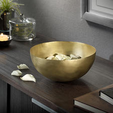 100% Brass Bowl - The delicate brass bowl from Jaipur of finest craftmanship.