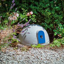 Granicium® Bumblebee Castle - A safe nesting place for useful pollinators. Made of weatherproof Granicium® ceramic.