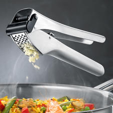 Garlico Garlic Press - Award-winning garlic press: With extra large chamber and automatic scraper.