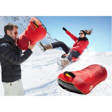 Simply open it up, inflate and climb on – and the sledge ride can begin.