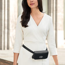 Comfortable to wear as a trendsetting belt bag...