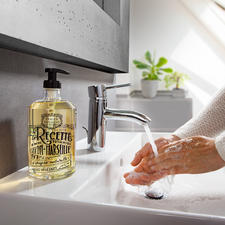 "Panier des sens Liquid Soap ""Provence"", 500ml - Composed with the expertise of the master soap makers and perfumers from Marseille and Grasse."