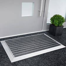 Premium Aluminium Doormat - Unrelenting even against heavy dirt. A purchase for decades.