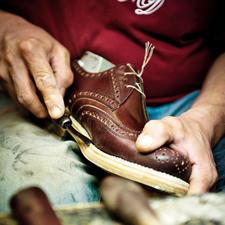 A Dinkelacker shoe undergoes approximately 300 working steps until it is finally complete.