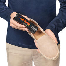 Danzarin Shoe Talcum - Keeps your feet dry, fresh and unscathed.