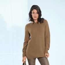 Camel Hair Pullover - A rare find: Luxurious pullover made of 100% camel hair. Spun in England. Knitted in Europe.