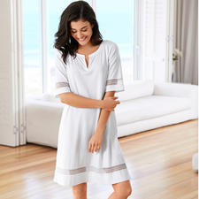 Pluto Clean Chic Nightdress - Many nightdresses are overly ornate. Others are too simple. From Belgian lingerie specialist Pluto.
