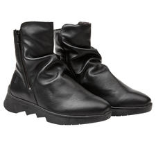 Apple of Eden City Boots - Fashionable boots, comfortable enough for a 12-hour city trip. Soft calfskin leather. Warm lining.