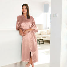 Silk Travel Dressing Gown, Rosé - This silk dressing gown will fit in any hand luggage. Packed in a space-saving silk bag. Ideal for travelling.