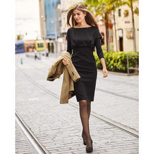 SLY010 Little Black Dress - Fashionable designer piece, figure-flattering and eternal classic. The LBD from Berlin brand SLY010.