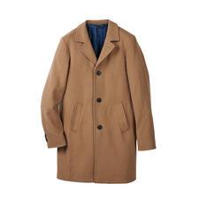 Camel Hair Coat - Wonderfully lightweight, yet pleasantly warm coat made of rare camel hair.
