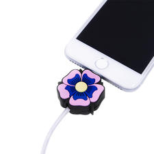 LED-Motif Charging Cable, Flower Power - The perfect present for all Apple fans: The motif charging cable with light effect.