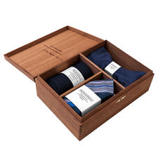 Gentleman's Agreement Accessories Box, Blue/White/Red - Perfectly matching. The versatile combination of bow tie, socks and pocket square. By Gentleman's Agreement.