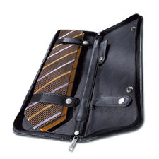 Tie Case Your ties will travel safely and in style encased in finest nappa leather.