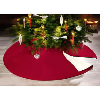 Flame-Retardant Christmas Tree Skirt Guaranteed protection against candle flames, wax & resin. Lovely sheet for your Christmas gifts.