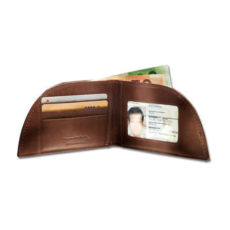 Rogue Wallet For your front trouser pocket. Clever shape. Bison leather. With RFID blocker.