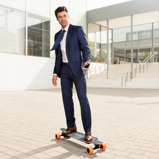 E-Go Electric Longboard Ultra light. Steers via remote control or iPhone.