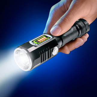 Battery Torch with side light Range of up to 174m (571ft). With separately switchable 3W side light. Fits in your glovebox and bags.