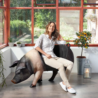 Pig Seat Spectacular model pig. Use inside or outside as an ornament, storage or quirky seat.
