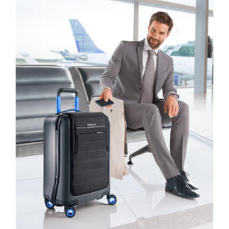 Bluesmart High-Tech Trolley With electronic theft & loss protection, GPS tracking, digital TSA lock, built-in luggage scale & power bank.