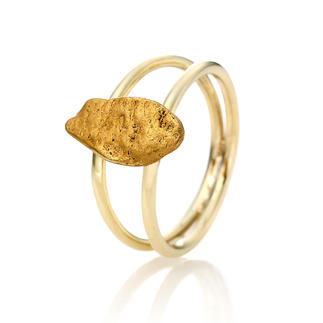 Gold Nugget Ring From Fair Trade traditional gold panning in Papua New Guinea. Rarer and more valuable than diamonds.