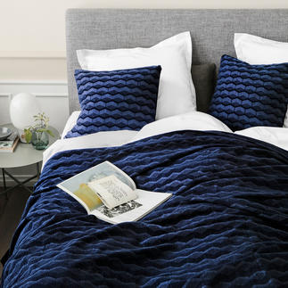 "Bedspread or Cushion ""Kubus"" 3D effect weave – as fascinating as a contemporary painting."