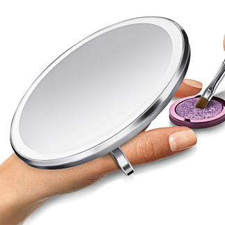 Sensor Pocket Mirror Provides brighter light for improved colour clarity - and triple magnification.