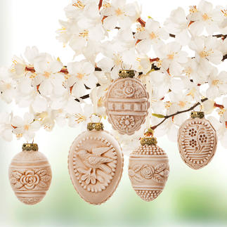 Ornamental Easter Eggs, 5 Pieces Precious glass shapes of the 1920s/30s – as traditional papier mâché models. By Marolin®/Thuringa.