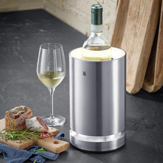 Wine Cooler with LED Ice packs maintain the perfect drinking temperature for up to 4 hours.