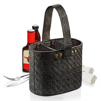 Table Cutlery Basket Cutlery, napkins, spices, sauces, … available on the spot.